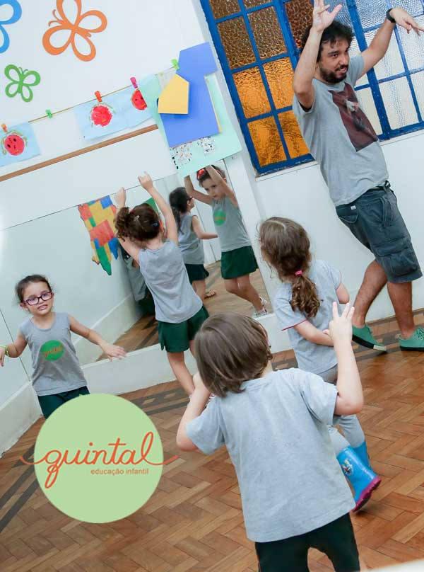 Metodologia de ensino Quintal Educação Infantil